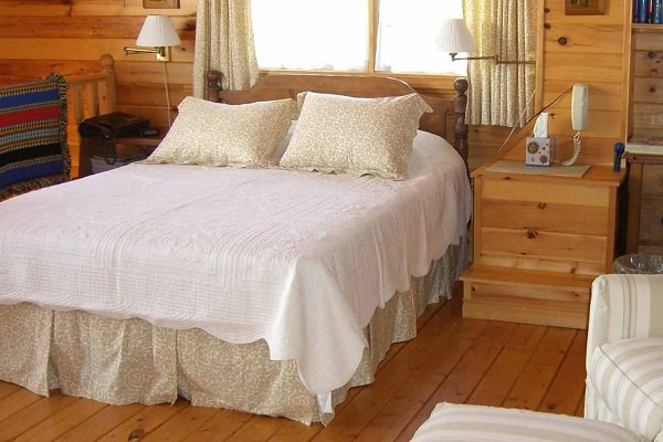 Howe Point Road – Tread Softly Cottages
